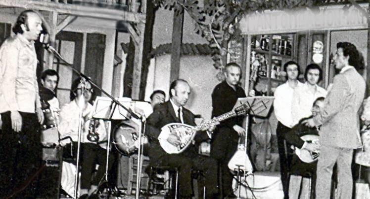 Από τη συναυλία στο ΡΟΥΑΓΙΑΛ. Αριστερά ο Γιώργος Ζωγράφος