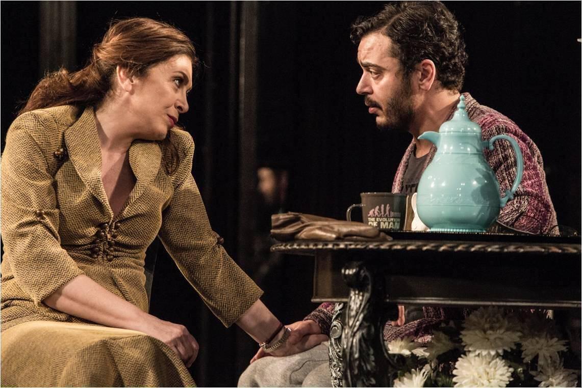 Έντα Γκάμπλερ - Θέατρο Σημείο (4)