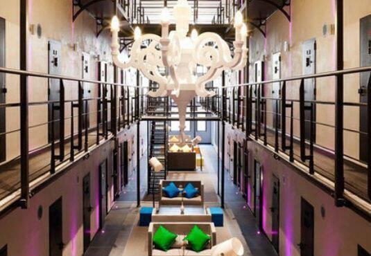 dezeen_Het-Arresthuis-prison-now-a-hotel_4sqb (1)
