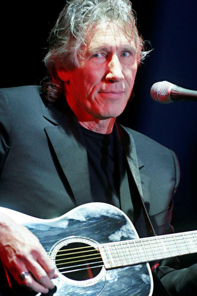 04 - Roger Waters